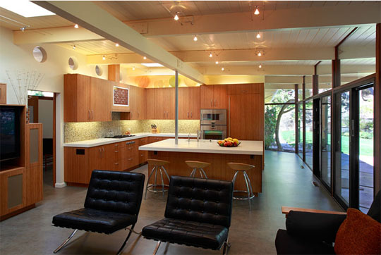 greatroom 1 John Klopf: Respectfully Renovating Eichler Homes